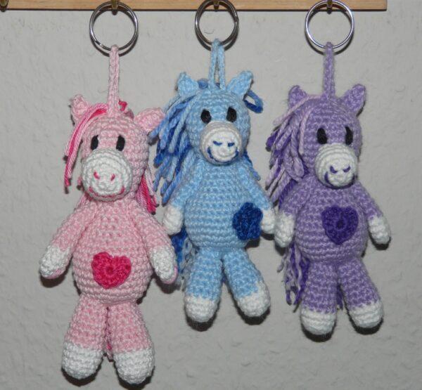 Häkelanleitungen für Schlüsselanhänger Häkelanleitung Schlüsselanhänger Pferdchen Amigurumi