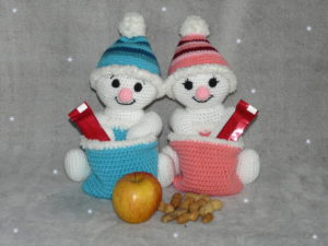 Häkelanleitungen für Weihnachten Häkelanleitung Schneemann mit Nikolausbeutel Amigurumi