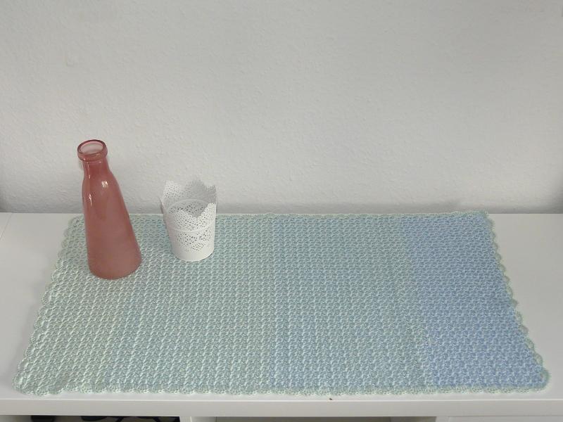 Häkelanleitungen für Tischläufer und Decken Häkelanleitung Tischläufer Wolke