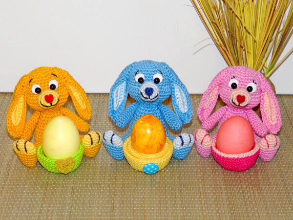 Häkelanleitungen für Ostern Häkelanleitung Häschen Eierbecher Amigurumi